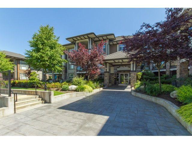 "Main Photo: 102 15195 36 Avenue in Surrey: Morgan Creek Condo for sale in ""EDGEWATER"" (South Surrey White Rock)  : MLS®# R2069103"