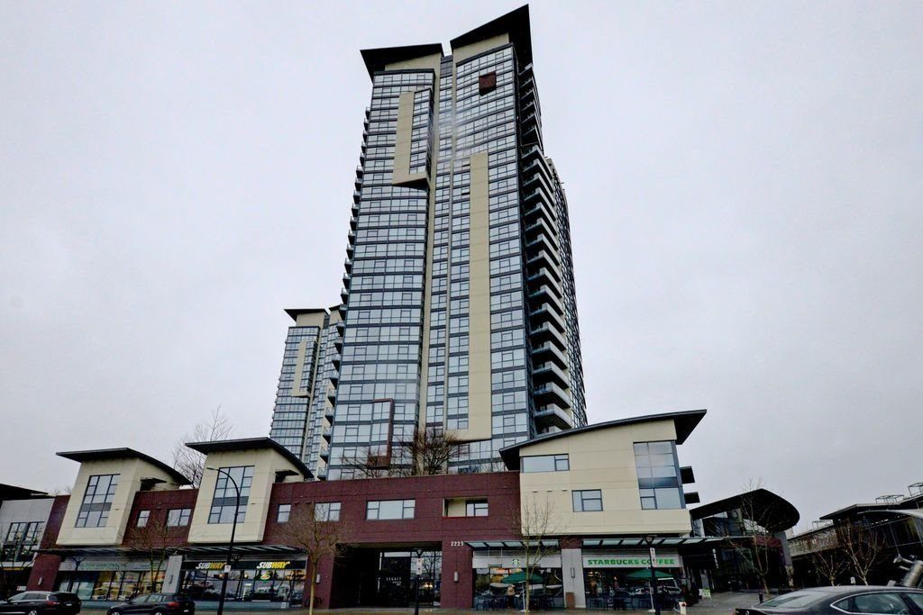 "Main Photo: 2503 2225 HOLDOM Avenue in Burnaby: Central BN Condo for sale in ""LEGACY TOWER 1"" (Burnaby North)  : MLS®# R2131531"