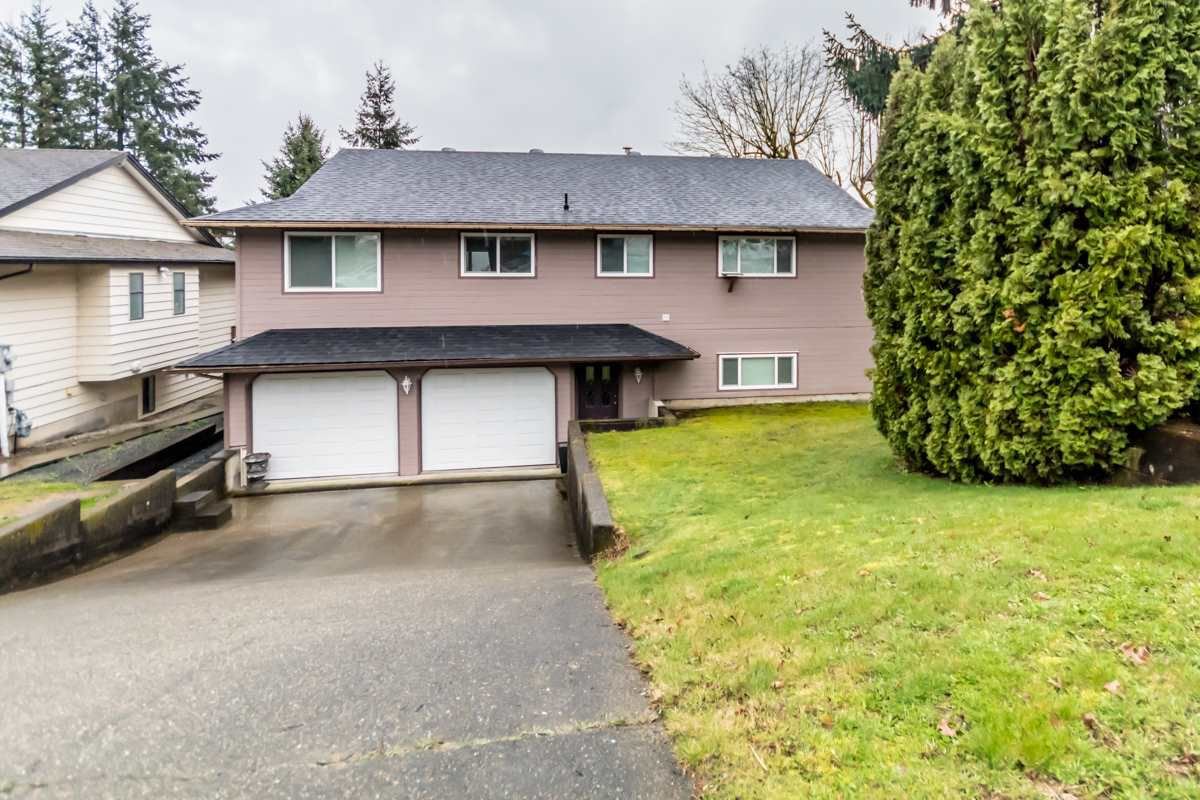 Main Photo: 35218 ROCKWELL Drive in Abbotsford: Abbotsford East House for sale : MLS®# R2150638