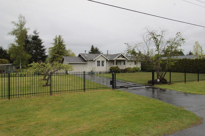"""Main Photo: 24277 58 Avenue in Langley: Salmon River House for sale in """"Strawberry Hills"""" : MLS®# R2166829"""
