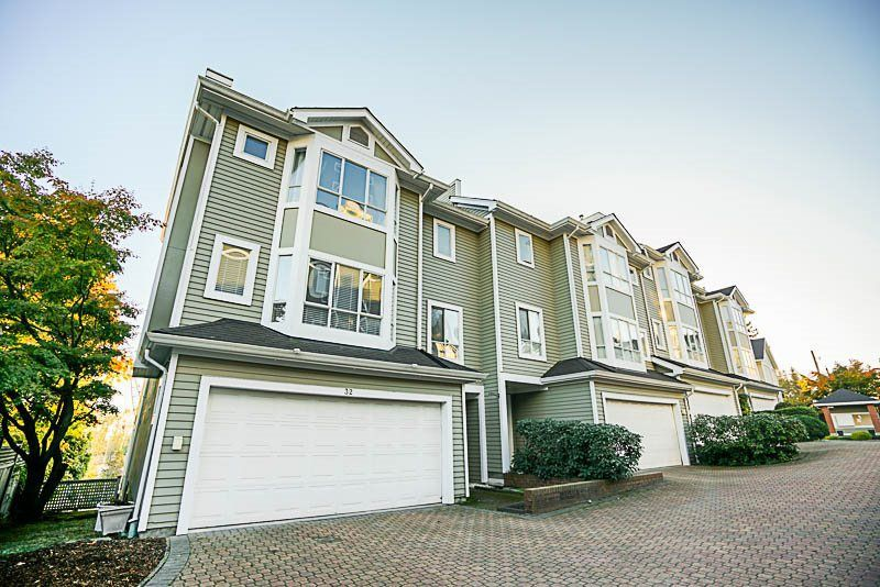 """Main Photo: 32 2662 MORNINGSTAR Crescent in Vancouver: Fraserview VE Townhouse for sale in """"FRASER WOODS"""" (Vancouver East)  : MLS®# R2216575"""