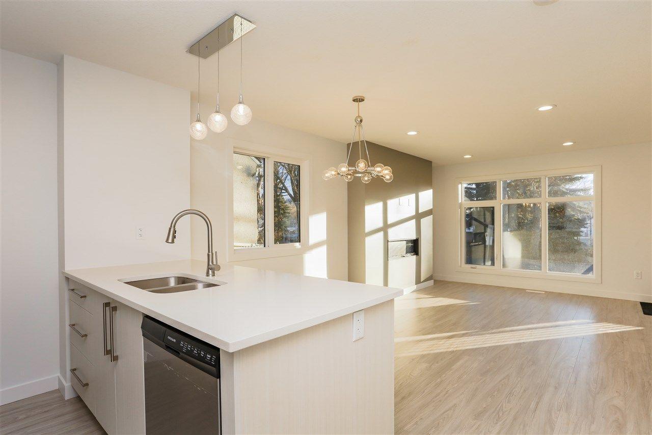 Main Photo: 11328 85 Street in Edmonton: Zone 05 House Half Duplex for sale : MLS®# E4127179