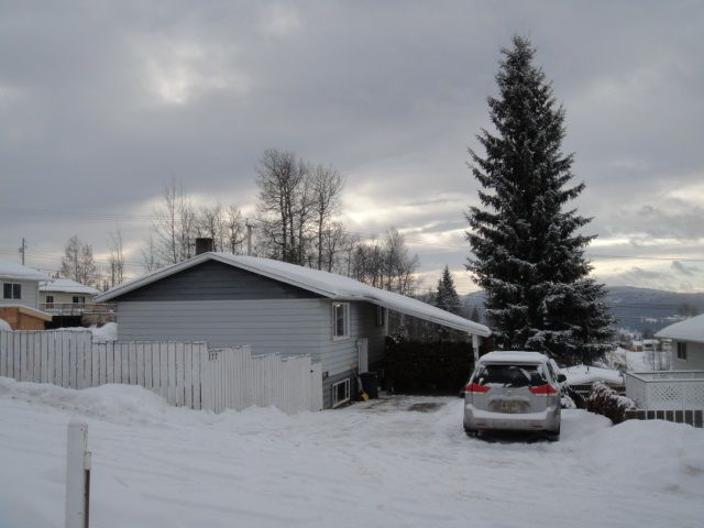 Main Photo: 377 3RD Avenue in Burns Lake: Burns Lake - Town House for sale (Burns Lake (Zone 55))  : MLS®# R2334110