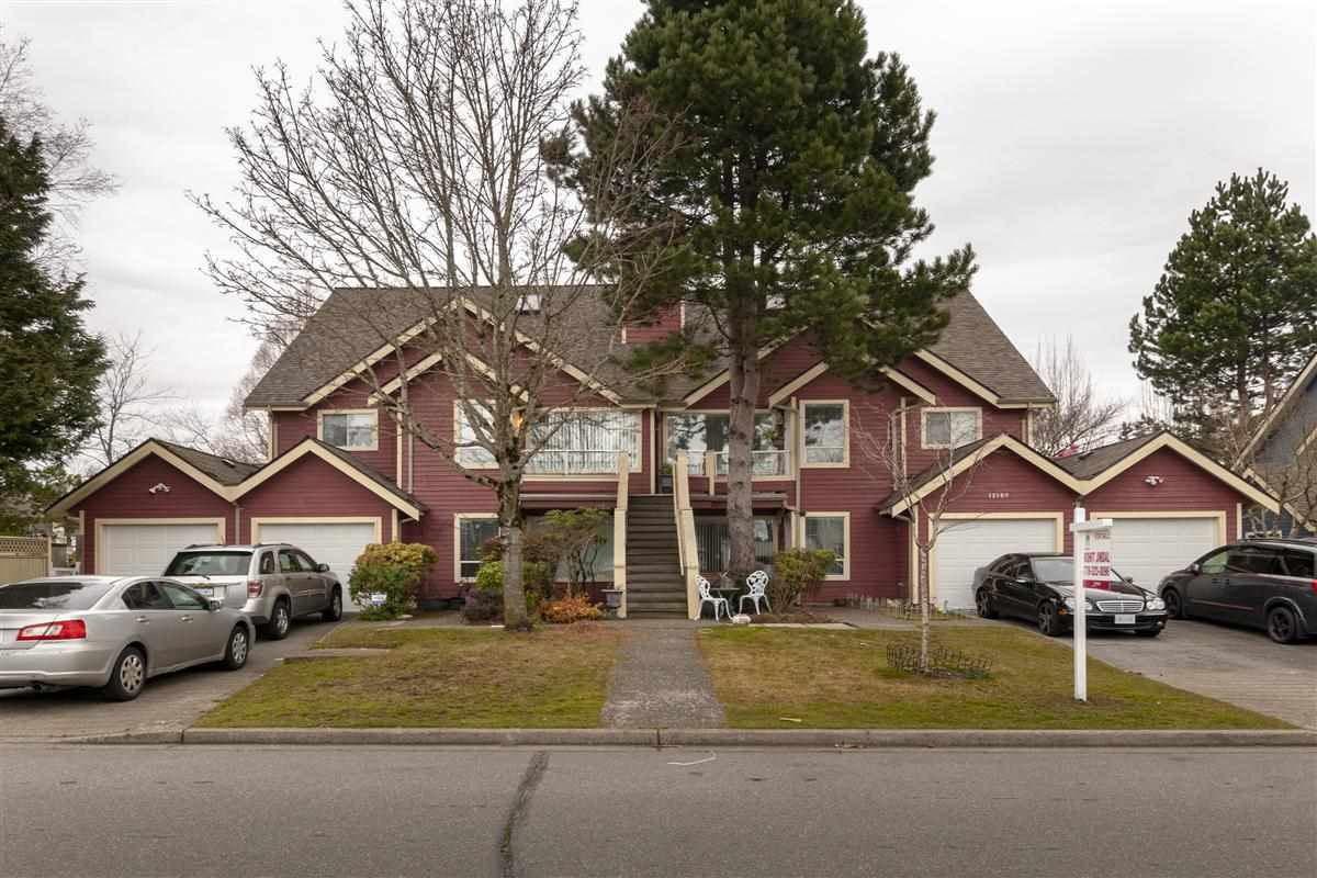 "Main Photo: 101 12109 78 Avenue in Surrey: West Newton Townhouse for sale in ""Camus Gardens"" : MLS®# R2337288"