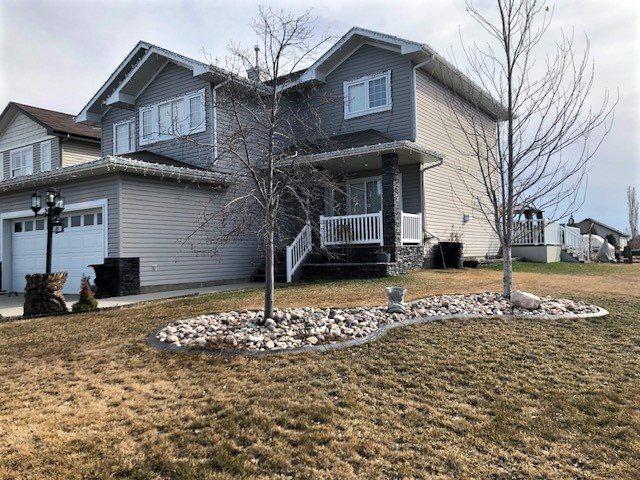 Main Photo: 85 BRIARWOOD Point: Stony Plain House for sale : MLS®# E4146954