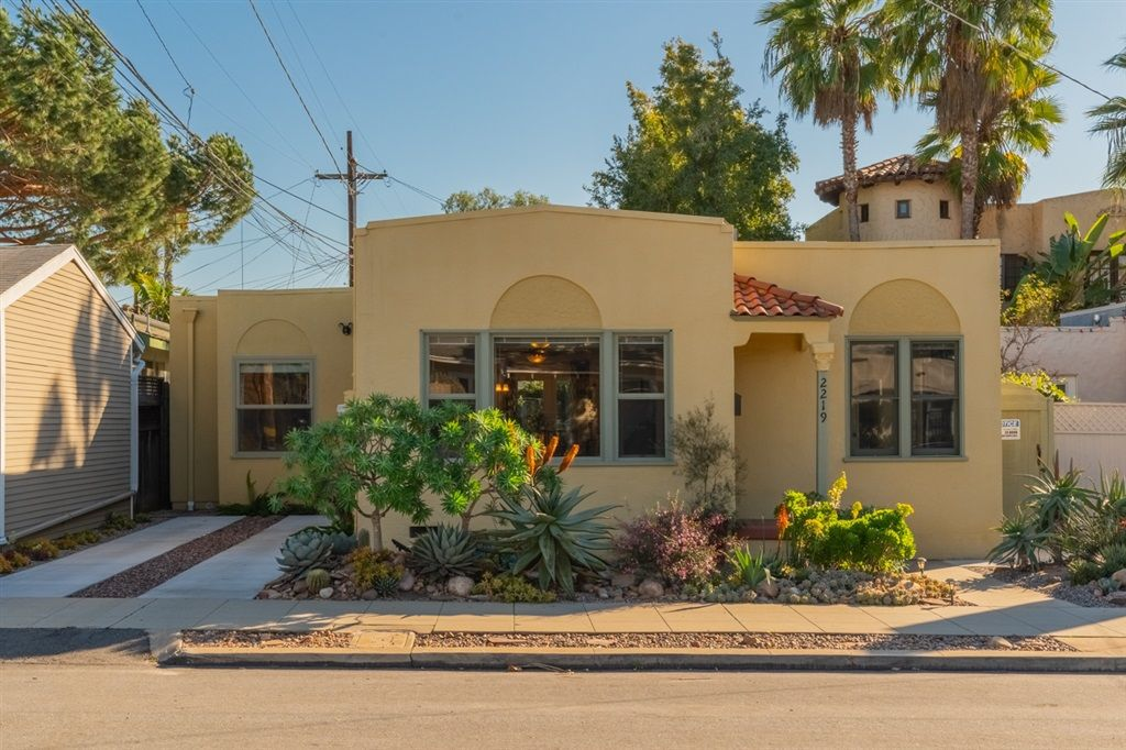 Main Photo: NORTH PARK House for sale : 3 bedrooms : 2219 Dwight St in San Diego