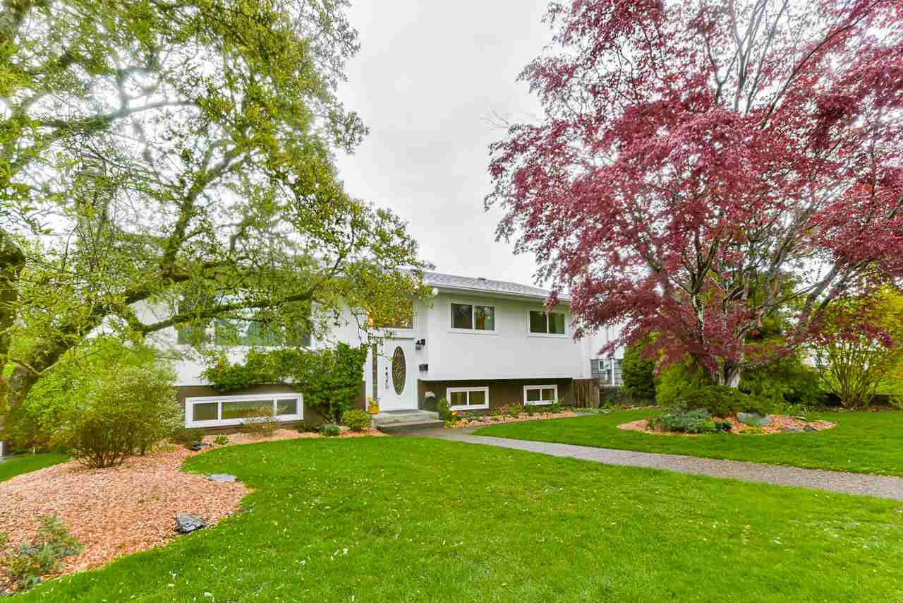 Main Photo: 5025 WOODSWORTH Street in Burnaby: Greentree Village House for sale (Burnaby South)  : MLS®# R2361633