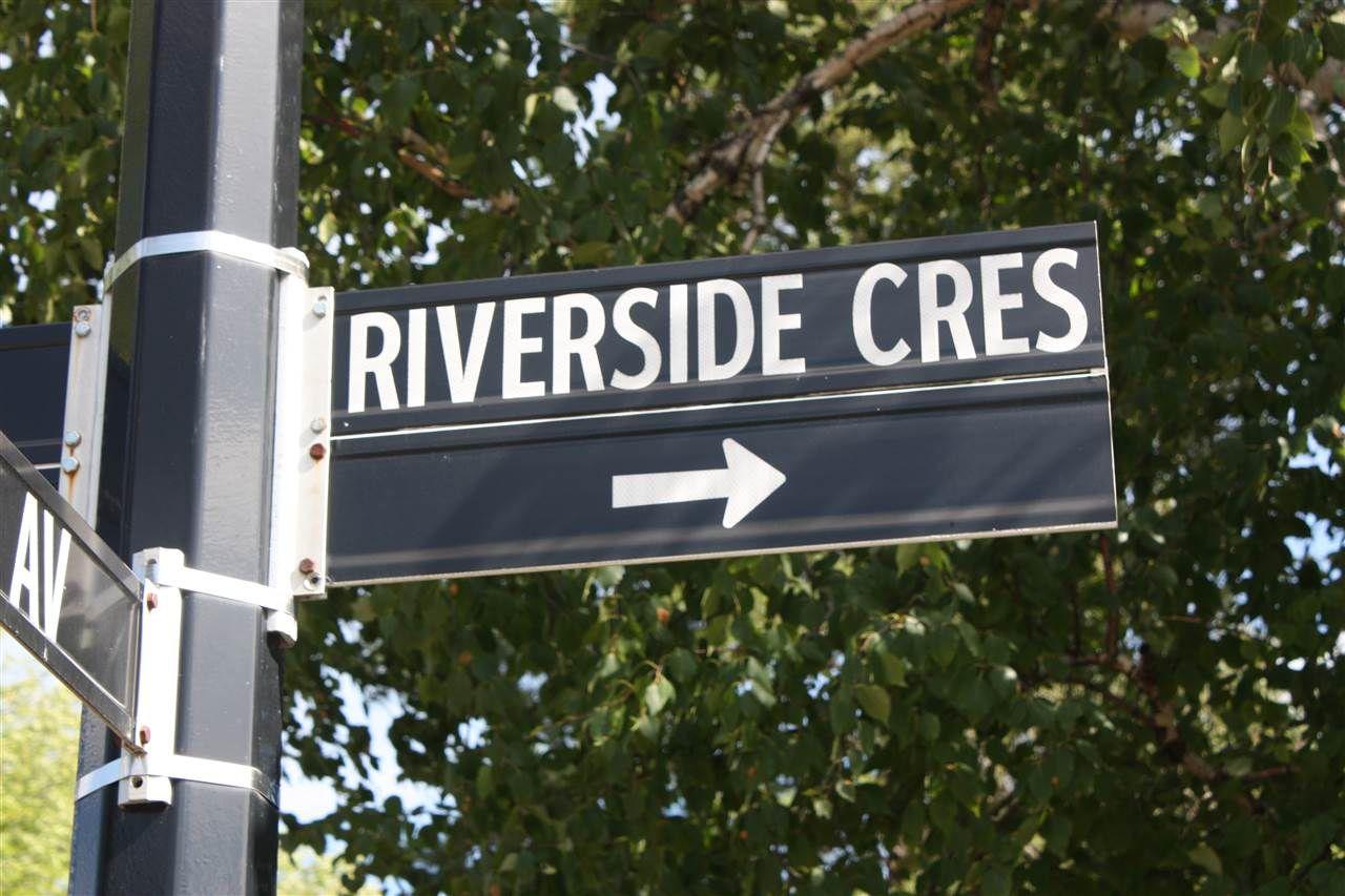 Main Photo: 1 RIVERSIDE Crescent in Edmonton: Zone 10 House for sale : MLS®# E4153482