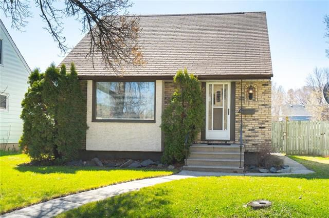 Main Photo: 496 Notre Dame Street in Winnipeg: St Boniface Residential for sale (2A)  : MLS®# 1911847