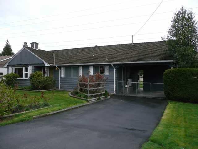 """Main Photo: 1060 53A Street in Tsawwassen: Tsawwassen Central House for sale in """"TSAWWASSEN HEIGHTS"""" : MLS®# V869049"""