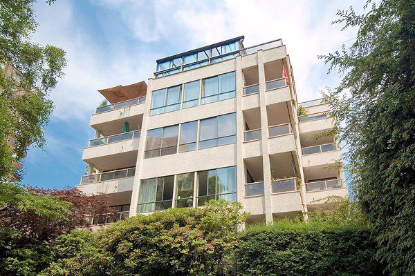 """Main Photo: 601 1133 HARWOOD Street in Vancouver: West End VW Condo for sale in """"HARWOOD MANOR"""" (Vancouver West)  : MLS®# R2023943"""