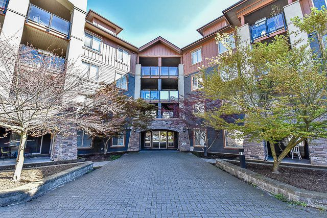 """Main Photo: 3311 240 SHERBROOKE Street in New Westminster: Sapperton Condo for sale in """"COPPERSTONE"""" : MLS®# R2051712"""