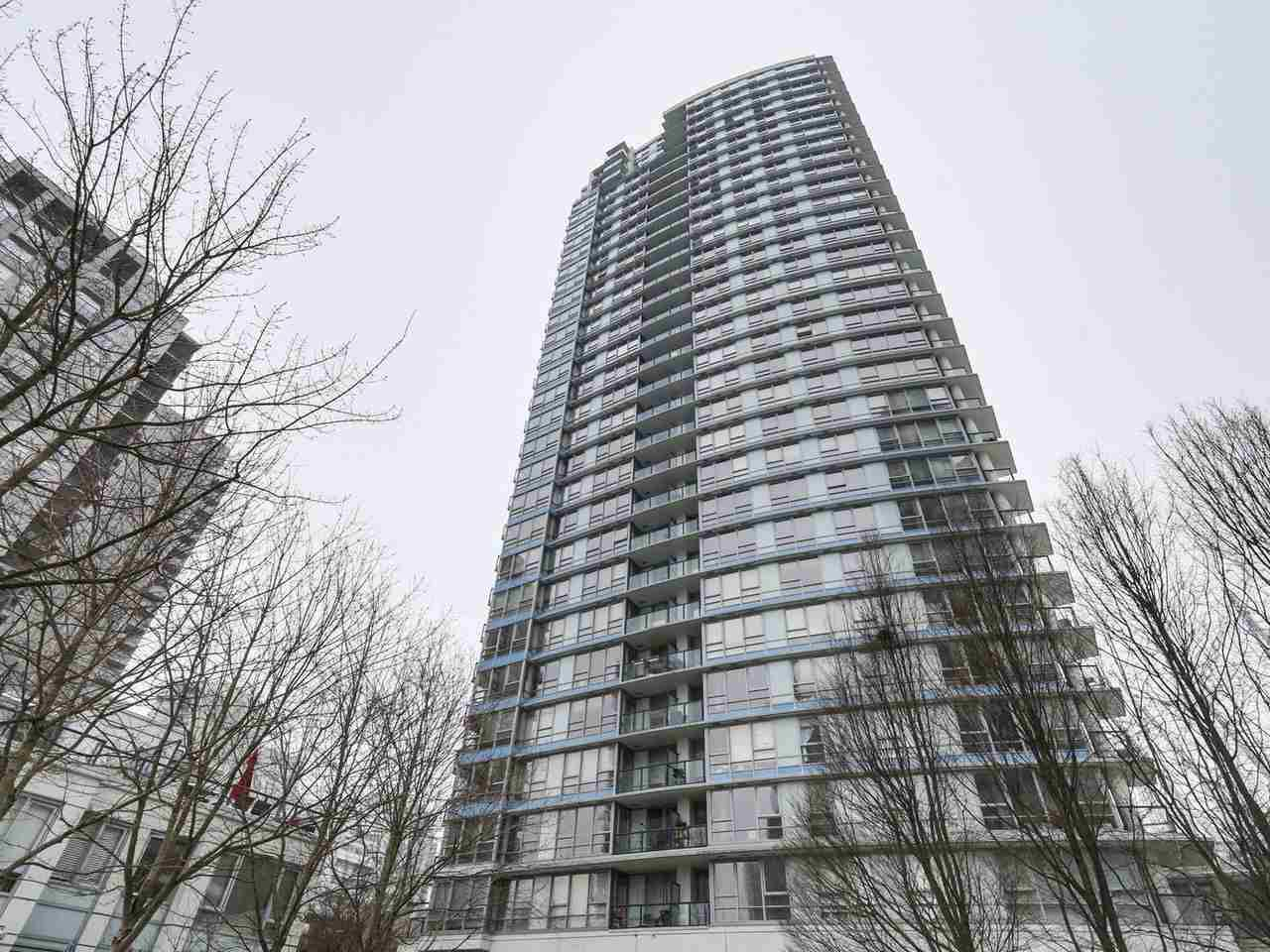 "Main Photo: 1802 928 BEATTY Street in Vancouver: Yaletown Condo for sale in ""The Max"" (Vancouver West)  : MLS®# R2138010"