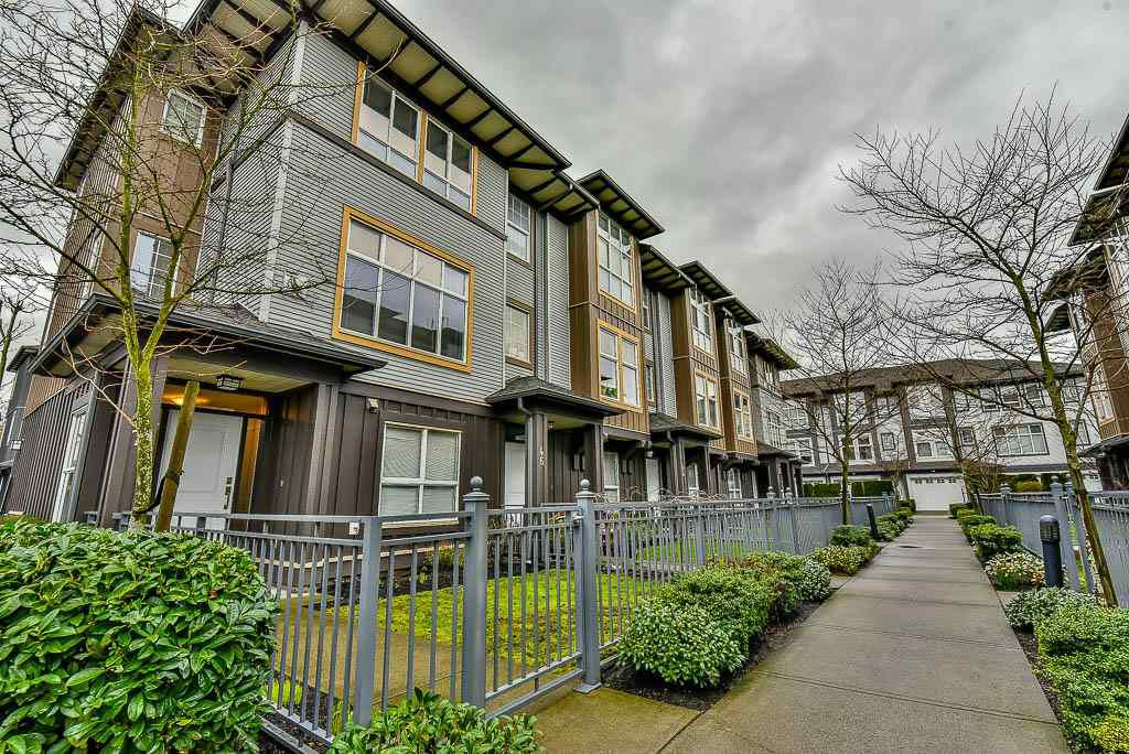 """Main Photo: 47 18777 68A Avenue in Surrey: Clayton Townhouse for sale in """"Compass"""" (Cloverdale)  : MLS®# R2146165"""