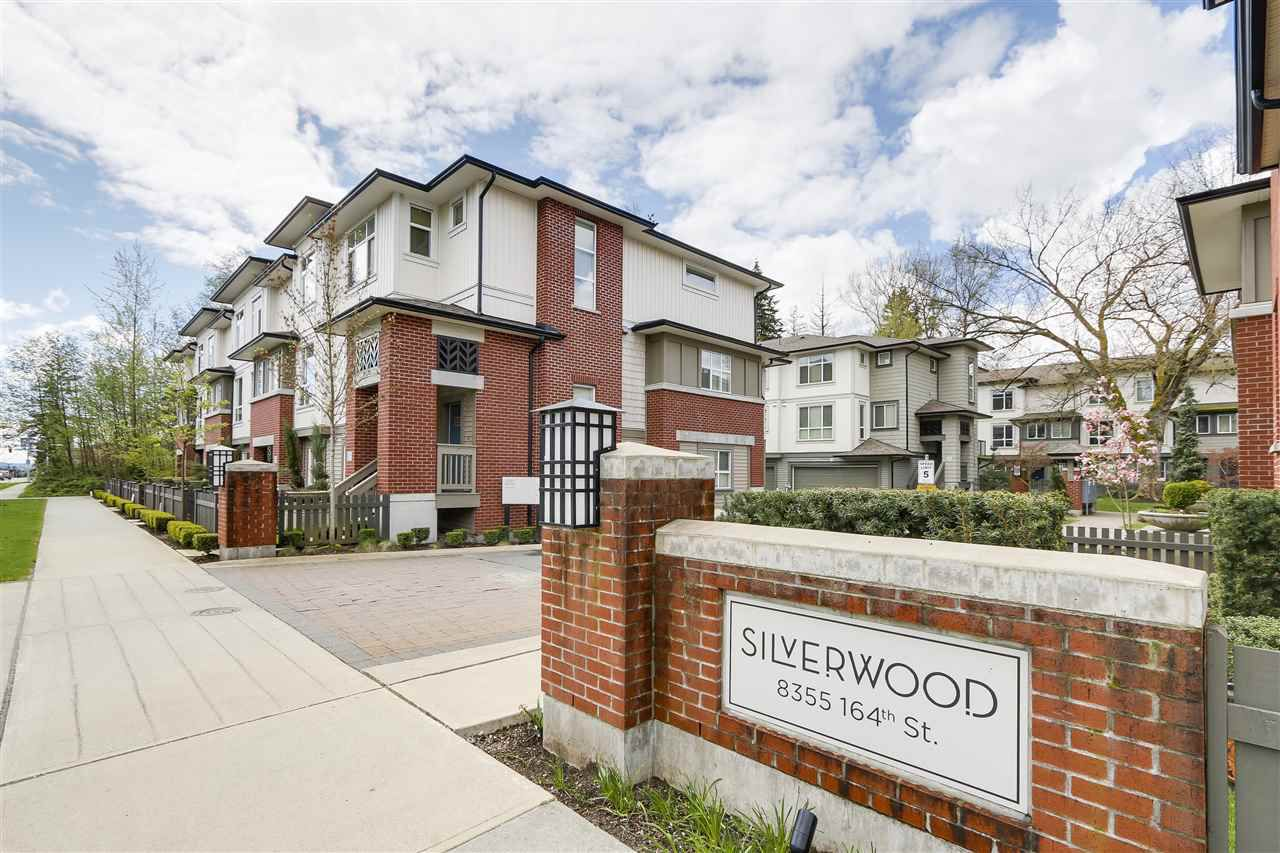 "Main Photo: 59 8355 164 Street in Surrey: Fleetwood Tynehead Townhouse for sale in ""SILVERWOOD"" : MLS®# R2159757"