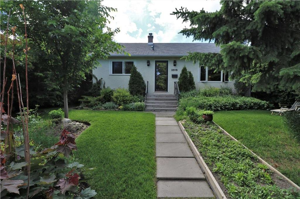 Main Photo: 2515 17A Street NW in Calgary: Capitol Hill House for sale : MLS®# C4123330