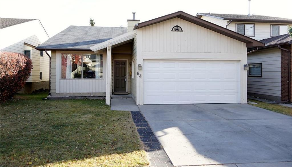 Main Photo: 64 STRATHCONA Close SW in Calgary: Strathcona Park House for sale : MLS®# C4142880