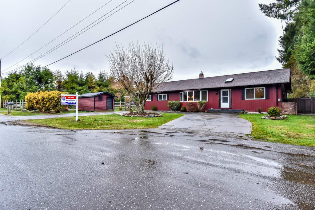 """Main Photo: 24343 65 Avenue in Langley: Salmon River House for sale in """"Williams Park"""" : MLS®# R2235385"""