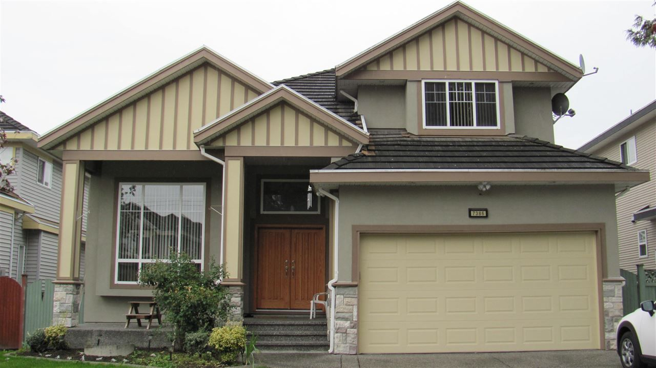 Main Photo: 7386 148 st in Surrey: East Newton House for sale : MLS®# R2213526