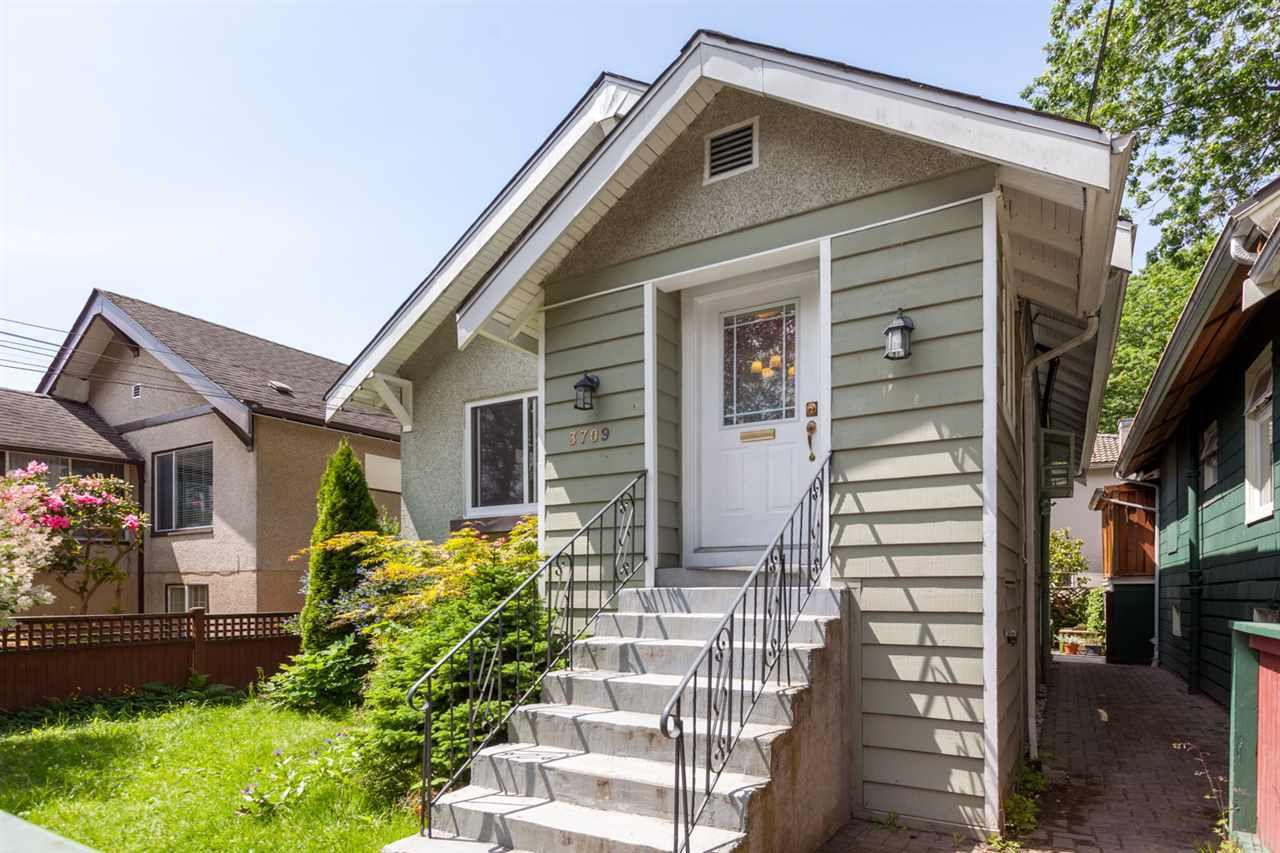 "Main Photo: 3709 WINDSOR Street in Vancouver: Fraser VE House for sale in ""CEDAR COTTAGE"" (Vancouver East)  : MLS®# R2278304"