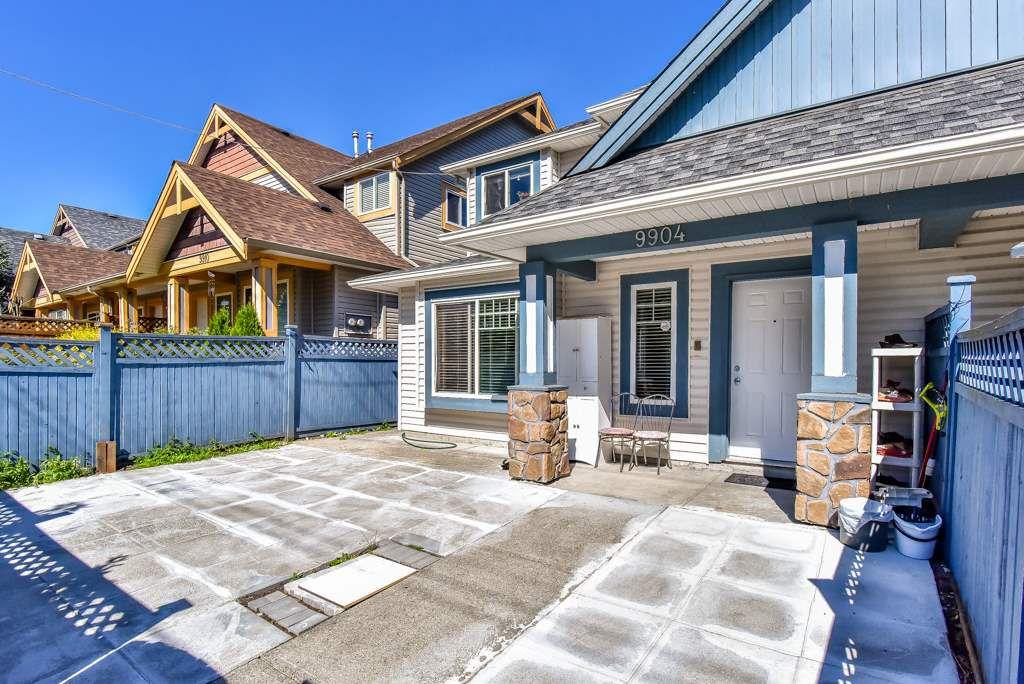 Main Photo: 9904 132 Street in Surrey: Cedar Hills House 1/2 Duplex for sale (North Surrey)  : MLS®# R2290335