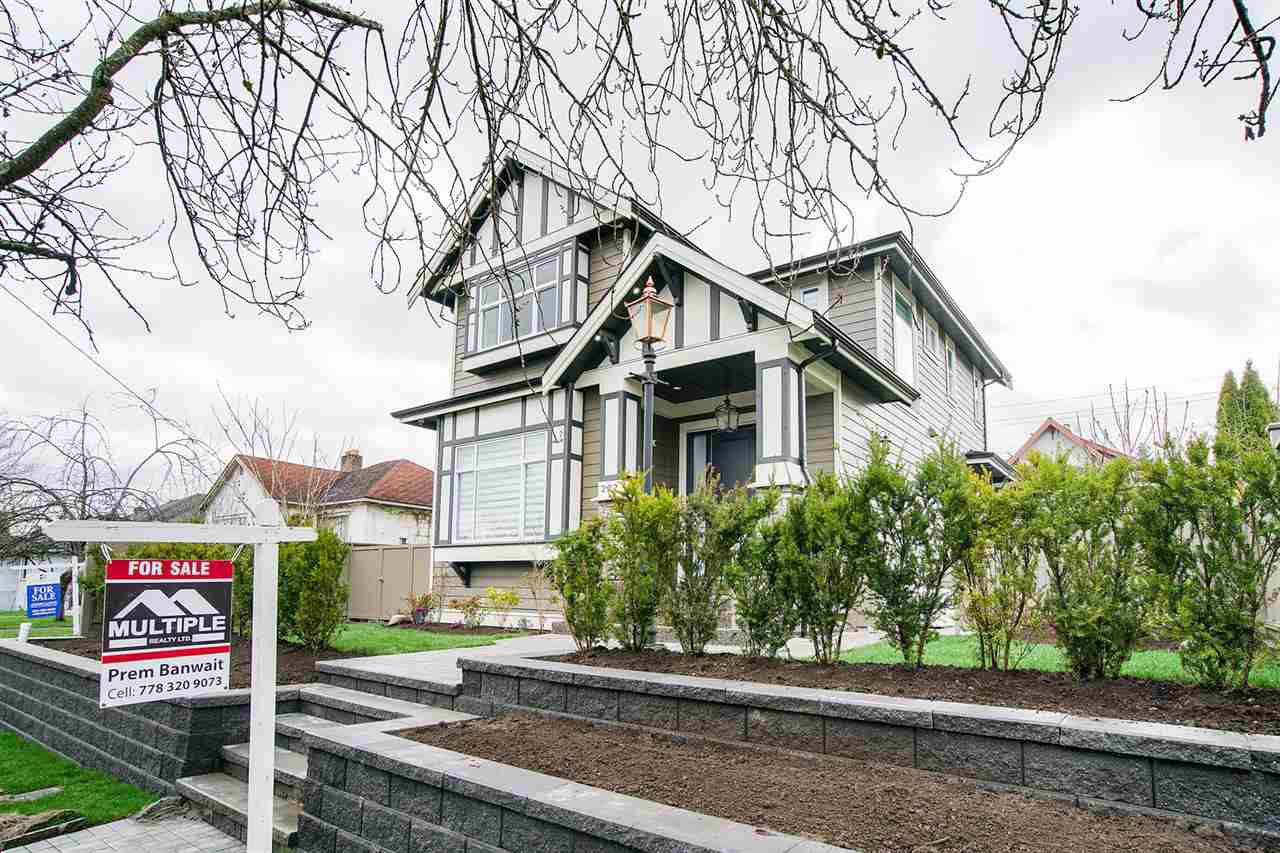 Main Photo: 222 OSBORNE Avenue in New Westminster: GlenBrooke North House for sale : MLS®# R2307747