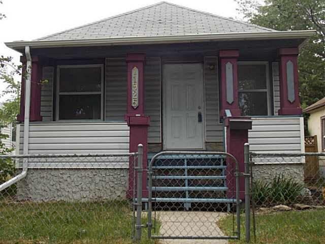 Main Photo:  in Edmonton: Zone 05 House for sale : MLS®# E4135149