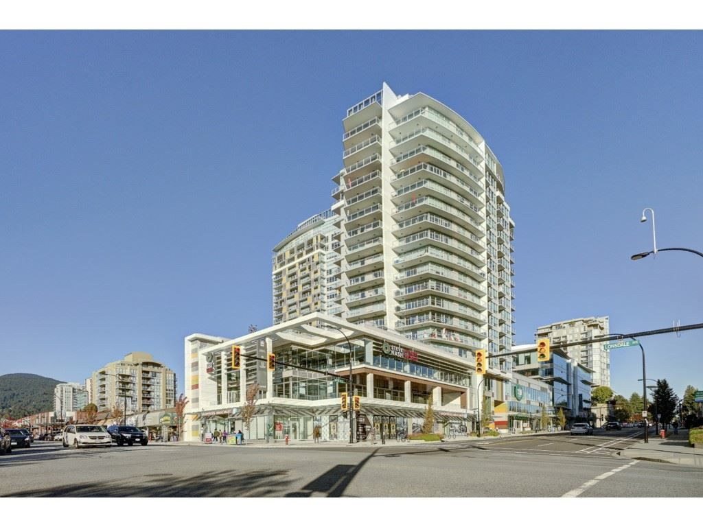 "Main Photo: 503 112 E 13TH Street in North Vancouver: Central Lonsdale Condo for sale in ""CENTERVIEW"" : MLS®# R2358971"