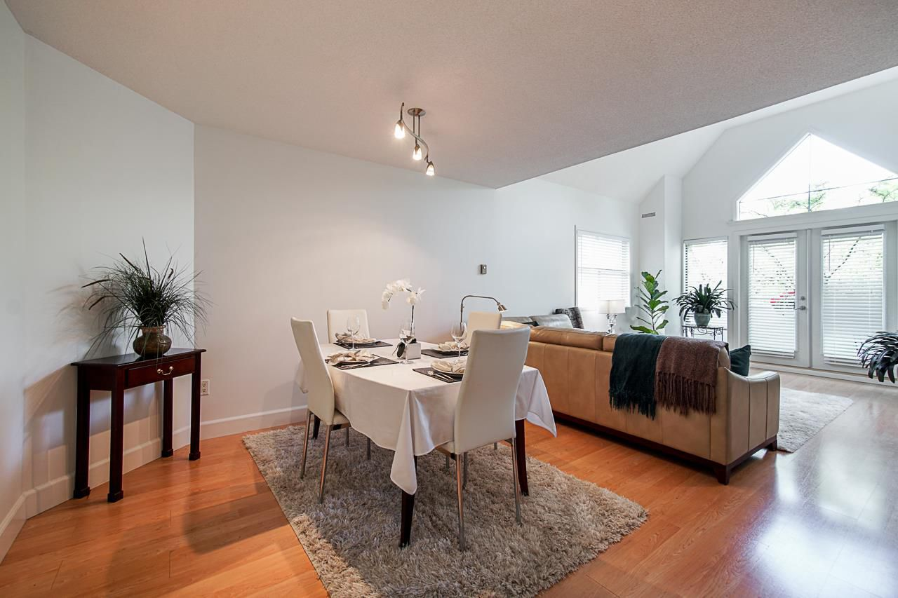 """Main Photo: 311 5250 VICTORY Street in Burnaby: Metrotown Condo for sale in """"PROMENADE"""" (Burnaby South)  : MLS®# R2376448"""