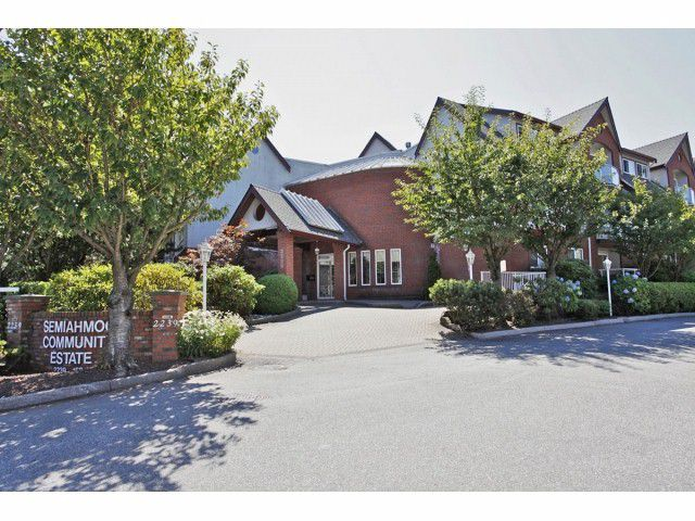 """Main Photo: 106 2229 152ND Street in Surrey: Sunnyside Park Surrey Condo for sale in """"Semiahmoo Court"""" (South Surrey White Rock)  : MLS®# F1322307"""