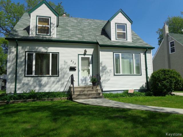 Main Photo: 323 Woodlawn Street in WINNIPEG: St James Residential for sale (West Winnipeg)  : MLS®# 1513825