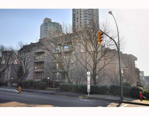 Main Photo: 103 1080 PACIFIC STREET in : West End VW Condo for sale : MLS®# V811373
