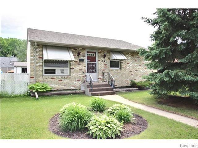Main Photo: 1245 Valour Road in Winnipeg: West End / Wolseley Residential for sale (West Winnipeg)  : MLS®# 1616454