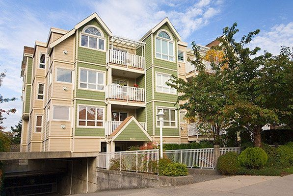 Main Photo: 403 1623 2ND AVENUE in Vancouver East: Home for sale : MLS®# R2015346