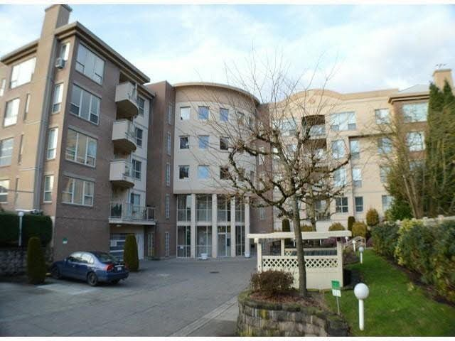 "Main Photo: 304 33731 MARSHALL Road in Abbotsford: Central Abbotsford Condo for sale in ""STEPHANIE PLACE"" : MLS®# R2136338"