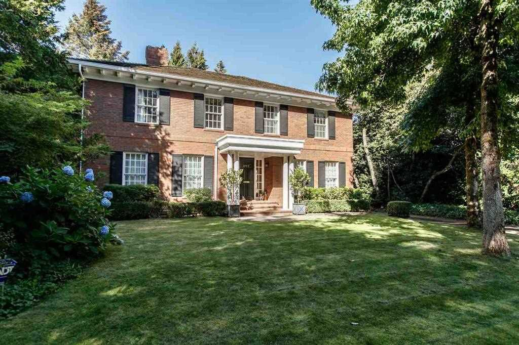 "Main Photo: 1777 W 38TH Avenue in Vancouver: Shaughnessy House for sale in ""SHAUGHNESSY"" (Vancouver West)  : MLS®# R2159379"