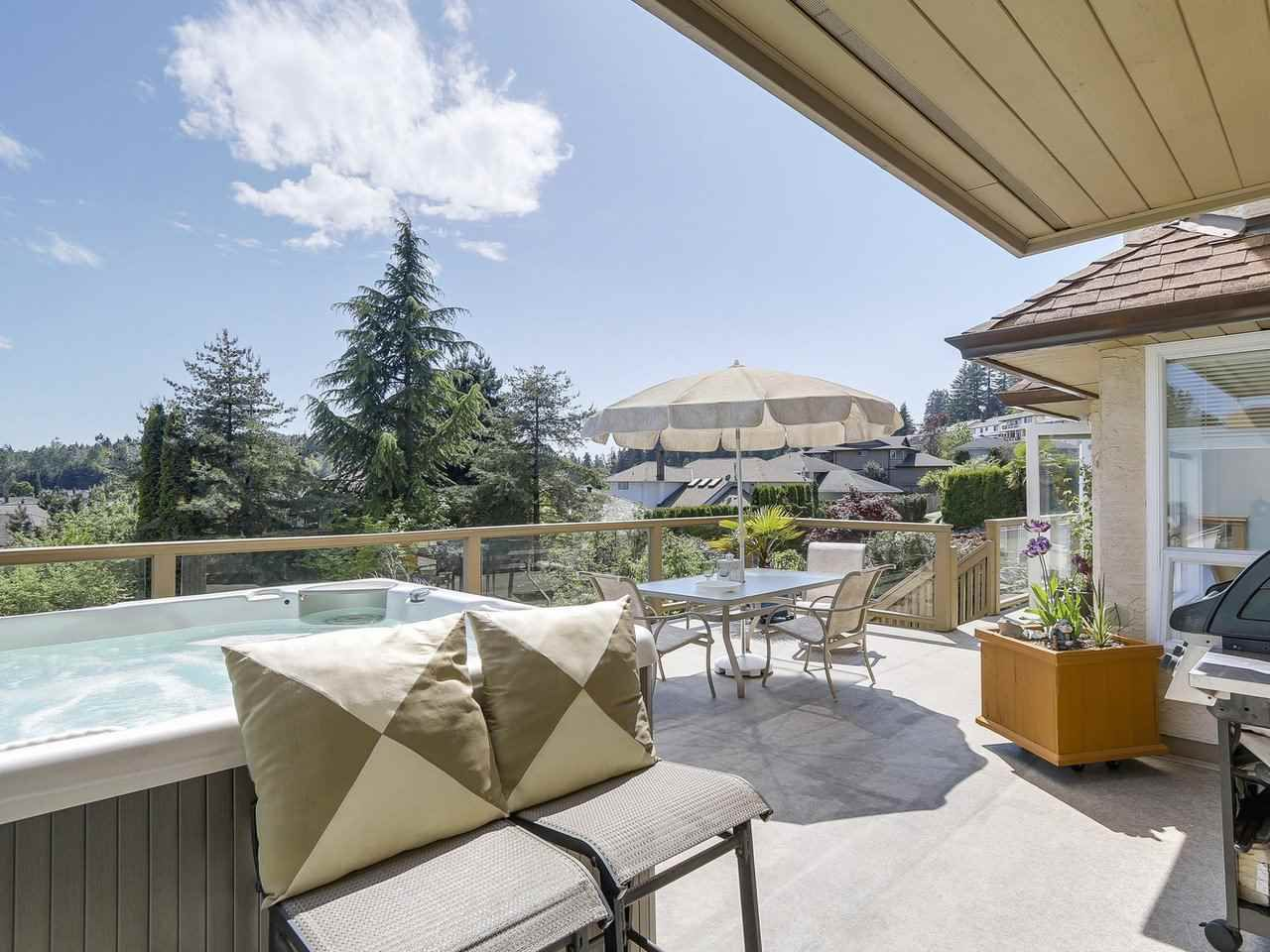 Photo 11: Photos: 737 East 29th Street, North Vancouver