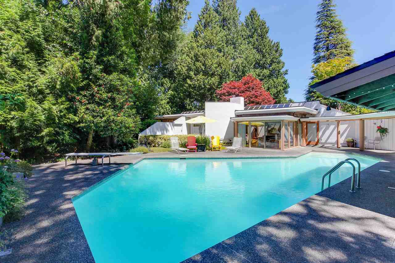 Main Photo: 4885 DOGWOOD Place in Delta: Tsawwassen Central House for sale (Tsawwassen)  : MLS®# R2192661