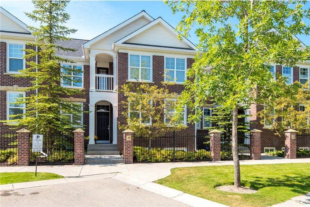 Main Photo: 11 10 ST JULIEN Drive SW in Calgary: Garrison Woods House for sale : MLS®# C4133903