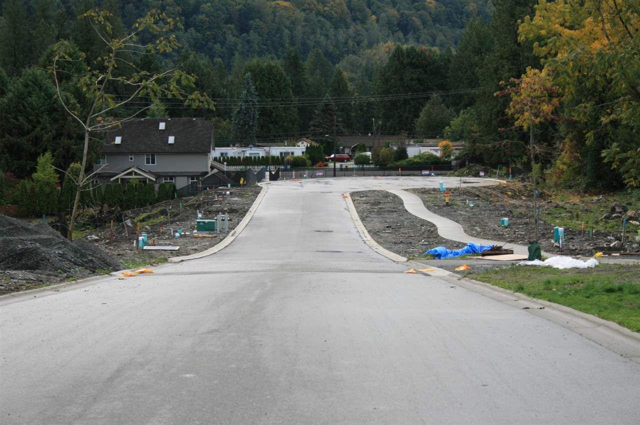 Main Photo: LOT 7 ROYALWOOD Boulevard in Rosedale: Rosedale Popkum Home for sale : MLS®# R2216071