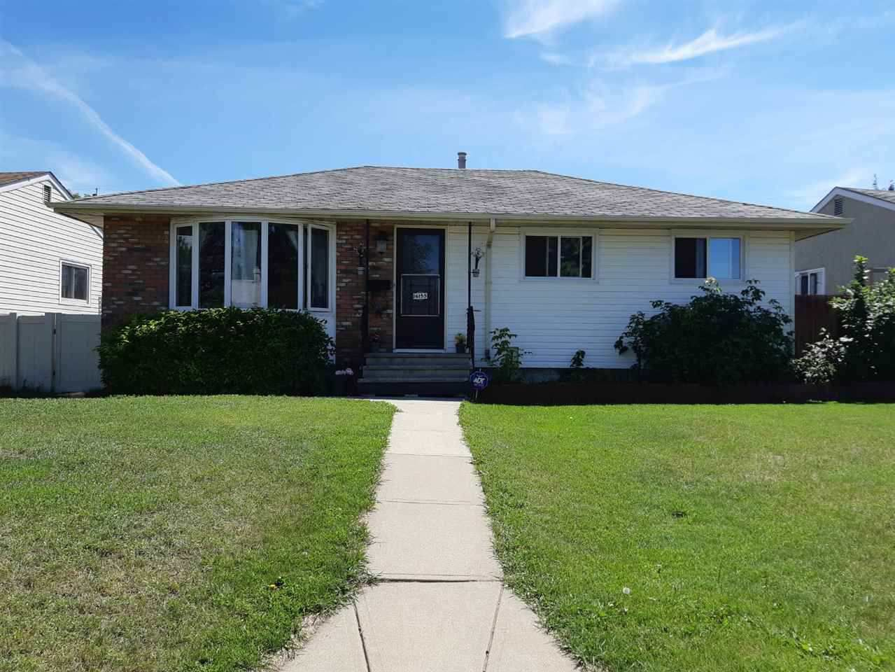 Main Photo: 16155 110B Avenue in Edmonton: Zone 21 House for sale : MLS®# E4148323