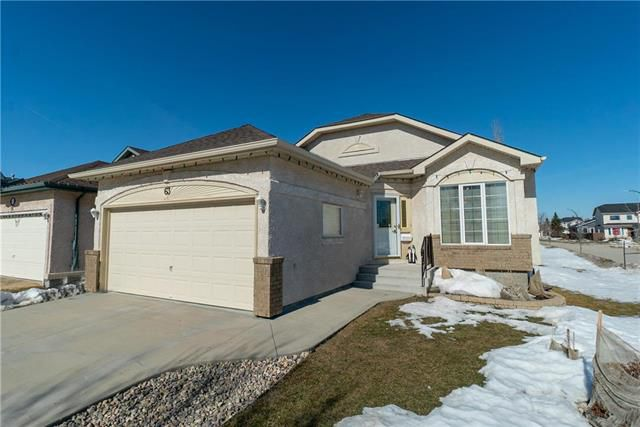 Main Photo: 63 Coombs Drive in Winnipeg: Residential for sale (2F)  : MLS®# 1906484