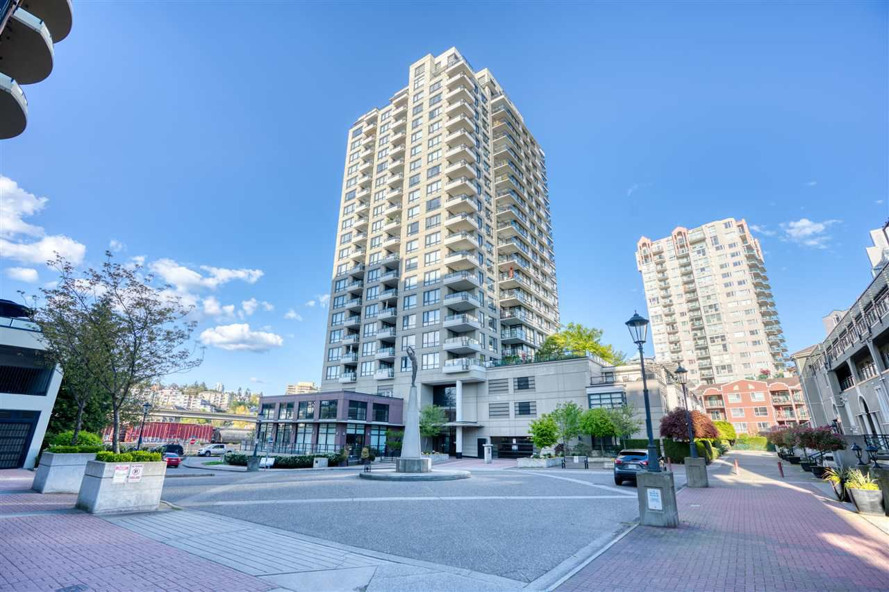 """Main Photo: 905 1 RENAISSANCE Square in New Westminster: Quay Condo for sale in """"THE Q"""" : MLS®# R2364080"""