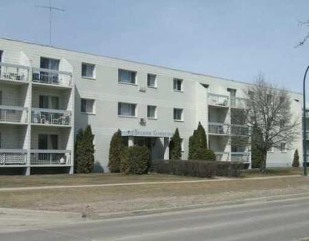 Main Photo: 206-65 Main St.: Condominium for sale (R14)  : MLS®# 2817853