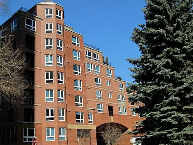 Main Photo: 1403 400 EAU CLAIRE Avenue SW in CALGARY: Eau Claire Condo for sale (Calgary)  : MLS®# C3635232