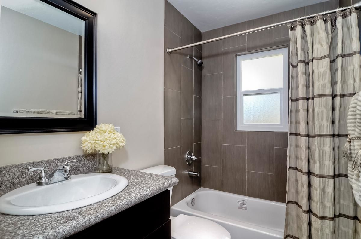 Photo 17: Photos: CLAIREMONT House for sale : 3 bedrooms : 4489 Bertha in San Diego