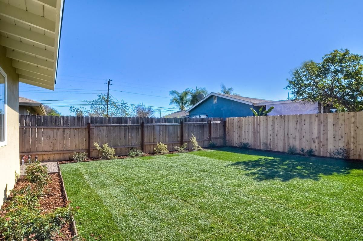 Photo 18: Photos: CLAIREMONT House for sale : 3 bedrooms : 4489 Bertha in San Diego