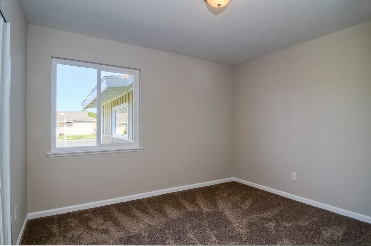 Photo 14: Photos: CLAIREMONT House for sale : 3 bedrooms : 4489 Bertha in San Diego