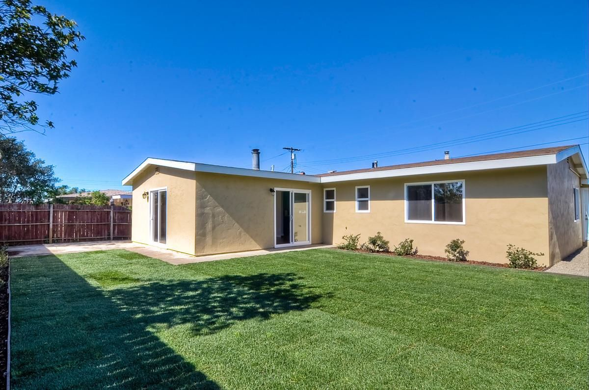 Photo 19: Photos: CLAIREMONT House for sale : 3 bedrooms : 4489 Bertha in San Diego