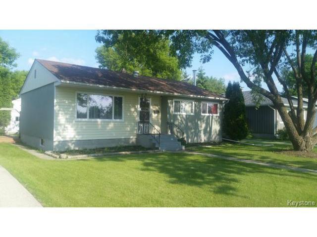 Main Photo: 642 Lanark Street in WINNIPEG: River Heights / Tuxedo / Linden Woods Residential for sale (South Winnipeg)  : MLS®# 1516472